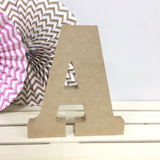 letra-a-madera-dm-para-decorar-cute-and-crafts-santa-coloma-de-gramenet-barcelona-scrapbooking-manualidades