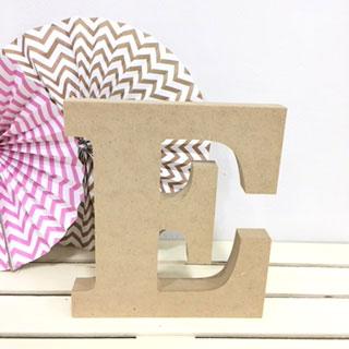 letra-e-madera-dm-para-decorar-cute-and-crafts-santa-coloma-de-gramenet-barcelona-scrapbooking-manualidades
