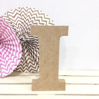 letra-i-madera-dm-para-decorar-cute-and-crafts-santa-coloma-de-gramenet-barcelona-scrapbooking-manualidades